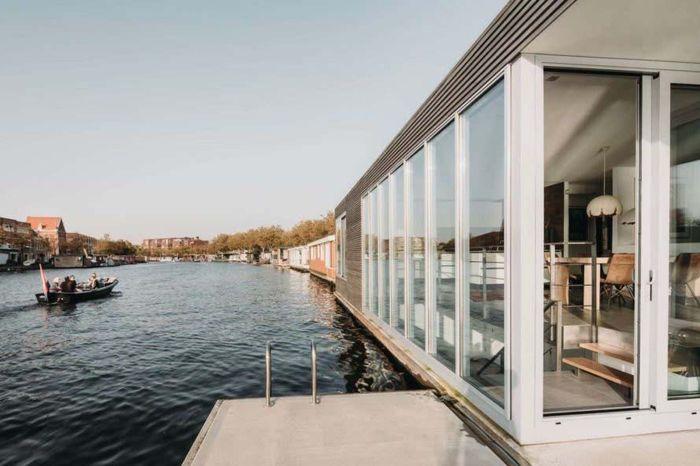 Rumah yang indah ini memberikan kebutuhan terhadap privasi dengan pemandangan yang cantik. Istimewa/Inhabitat