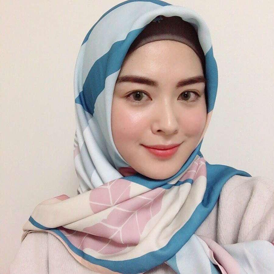 Pesona Ayana Jihye Moon, Selebgram Mualaf dari Korea