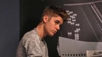 Sempat Tantang Tom Cruise Berkelahi, Justin Bieber Ngaku Cuma Bercanda