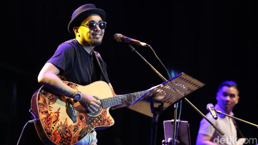 Kenang Masa Kecil Cara Glenn Fredly Buat Lagu Anak