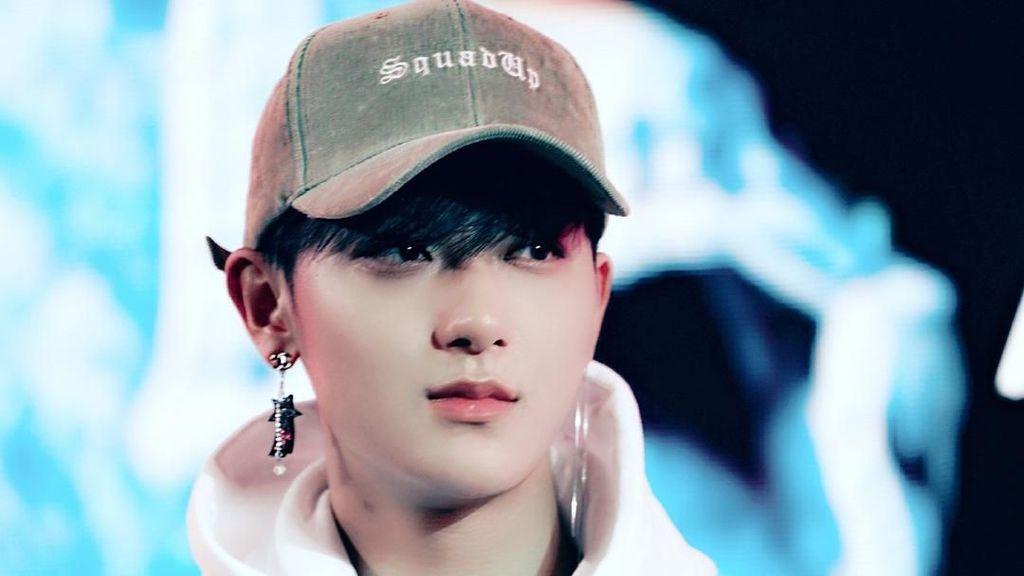 Huang Zitao eks EXO Berduka, Ayahnya Meninggal Dunia
