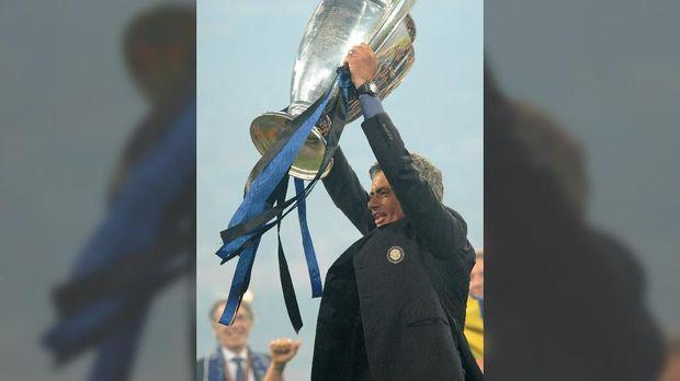Jose Mourinho juara Liga Champions bersama Inter Milan.