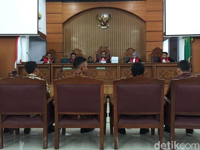 Para saksi yang dihadirkan jaksa dalam sidang (Foto: Yulida Medistiara/detikcom)