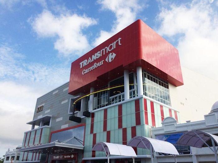 Foto: Chairman CT Corp, Chairul Tanjung hadir dalam pembukaan Transmart Carrefour Kupang (Dok. Transmart Carrefour)