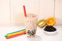 Duh, Desain Crocs Ini Disebut Mirip 'Pearl' pada Milk Tea!
