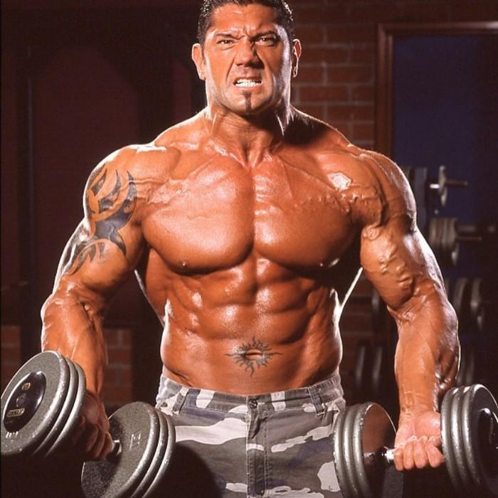 Sejak muda, Dave yang merupakan mantan atlet binaraga dan gulat profesional senang membentuk tubuh. (Foto: instagram/DaveBautista)