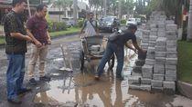 Jalan Perum di Sidoarjo yang Didemo Karena Rusak Diperbaiki