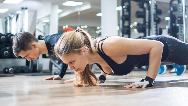 Bun, Yuk Sesekali Coba Olahraga Bareng Suami/ Foto: Thinkstock