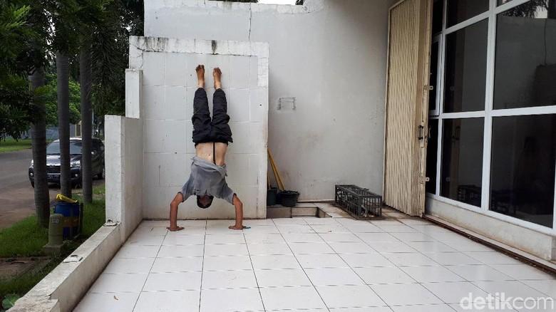 Ini Ian, Bule Inggris yang Hidup Luntang-lantung di Tangerang