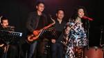 Antara Yura Yunita dan Rinni Wulandari di Konser Kahitna