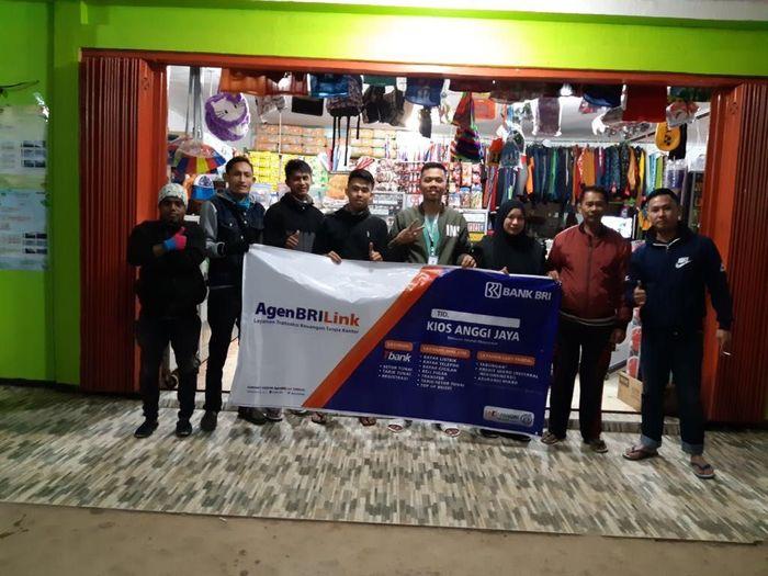 Foto: Agen BRILink Anggi Jaya, layanan perbankan pertama yang memberikan akses keuangan di Kabupaten Pegunungan Arfak (Dok.BRI)
