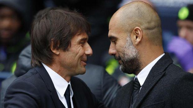 Antonio Conte membawa Chelsea juara musim lalu, sementara Pep Guardiola menempati peringkat ketiga bersama Man City.