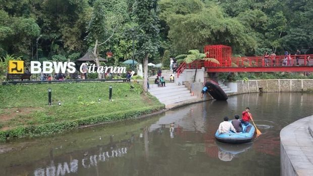 Nikmati Sejuknya Ruang Hijau Usai Pilkada di Bandung
