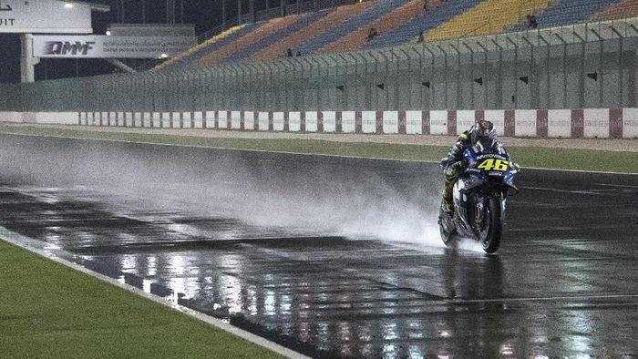 Valentino Rossi akan terus membalap sampai 2020. (Foto: Mirco Lazzari gp/Getty Images)