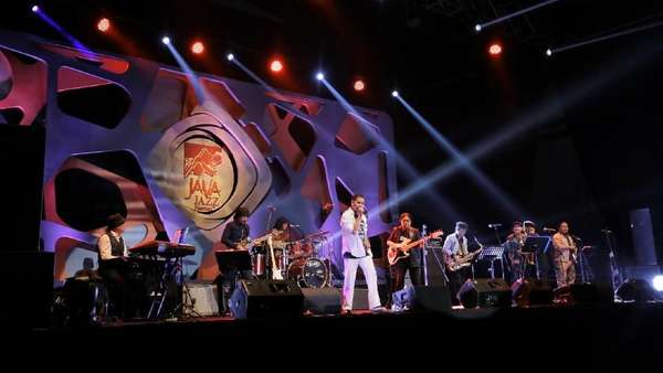 The Rollies Kenang Gito Rollies Lewat Burung Kecil di Java Jazz Festival 2018
