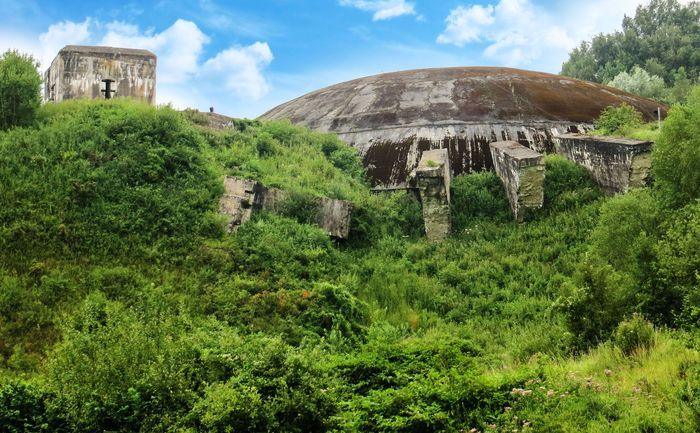 Pertama, ada bunker bernama La Coupole di Prancis. Bangunan ini sempat digunakan oleh Nazi dan memiliki kode Bauvorhaben 21. Istimewa/Charles D P Miller.