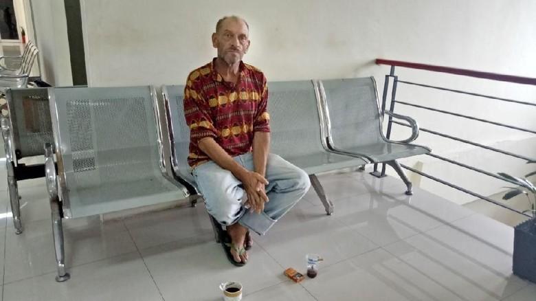 Ian Bule Inggris: Saya Tak Telantar, Masih Punya Gaji Pensiun