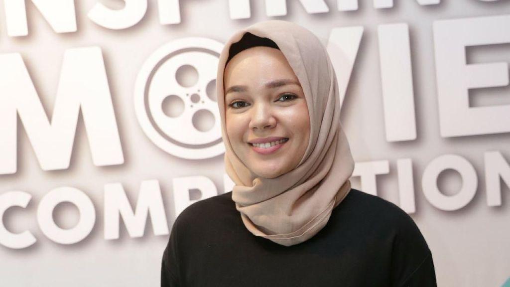 Dewi Sandra: Poligami Kalau Dibahas, Muka Bisa Pucat