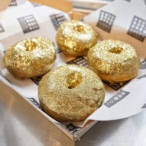 Sambut Oscar, Kafe Ini Sajikan Red Carpet Doughnut yang Mewah
