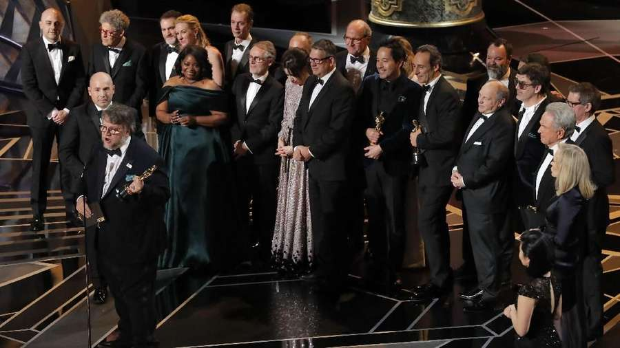 Ada Amphibi di Backstage, The Shape of Water Rajai Oscar