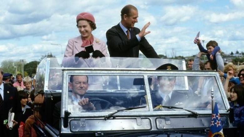 Remaja di Selandia Baru Berusaha Membunuh Ratu Elizabeth II