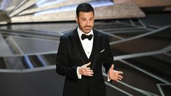 Jimmy Kimmel Sindir Orang yang Tidak Mau Divaksinasi dengan Ejekan