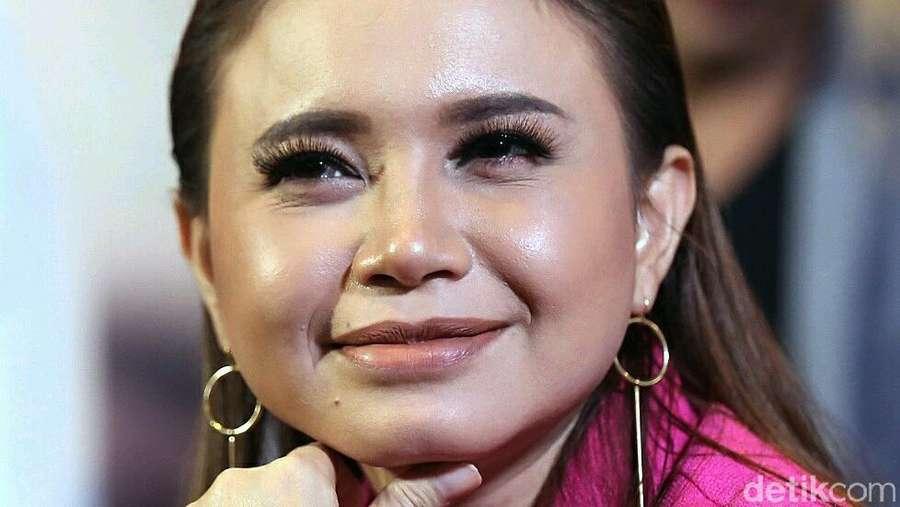 Dear Afgan, Rossa Makin Cantik Nih!