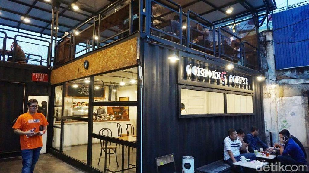 Nongkrong Asyik sambil Ngemil Cantik di Goeboex Coffee