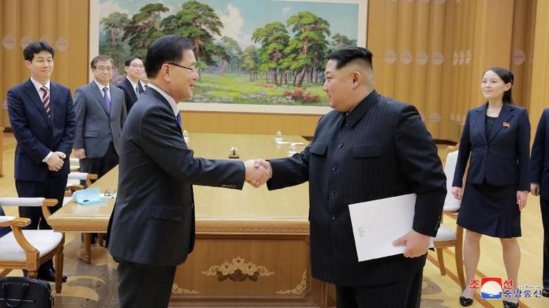 Foto: Sederet Langkah Tak Biasa Kim Jong-Un yang Bersejarah