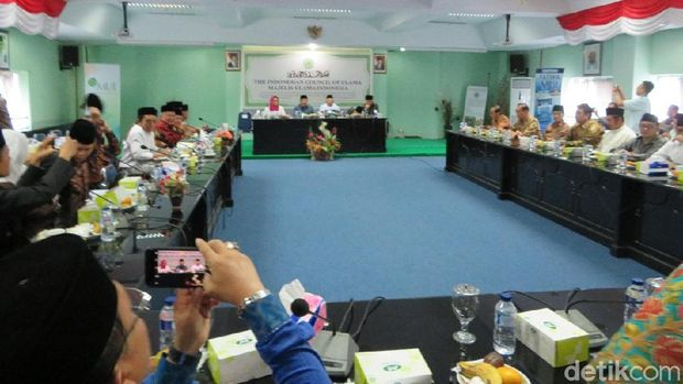 Wapres JK dan Menlu Retno Silaturahmi ke Kantor MUI