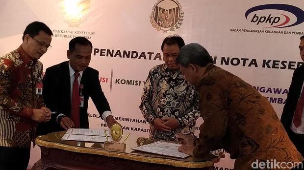 Arief Hidayat: MK Terdepan Soal Independensi dan Transparansi