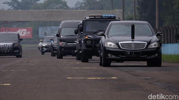 Ngoweng, Jokowi Biasa Ngebut di Istana dengan Chopper Tiap Pagi
