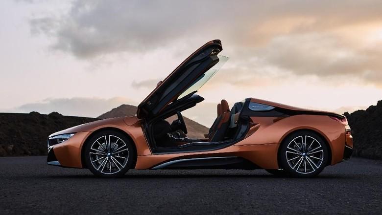 BMW i8 Roadster Foto: BMW