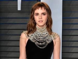 Ups... Emma Watson Kepergok Ciuman Mesra Bareng Aktor Drama Glee