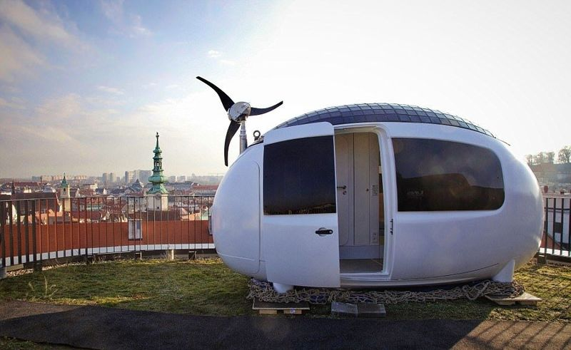 Inilah The Ecocapsule, rumah berbentuk telur yang ramah lingkungan. Rumah ini didesain oleh arsitek dari Slowakia. (The Ecocapsule)