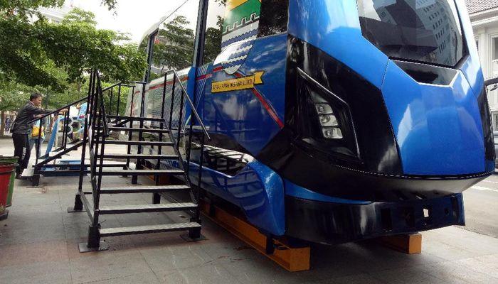 Ini adalah penampakan metro kapsul di Kota Bandung yang nantinya akan melintas di atas jalur melayang sepanjang 8,3 km. Rachman Haryanto/detikcom.