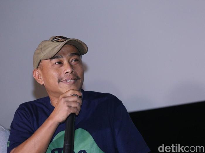 Pidi Baiq saat Ditemui di XXI cihampelas walk, Bandung, Jawa Barat, Senin (20/3/2017)