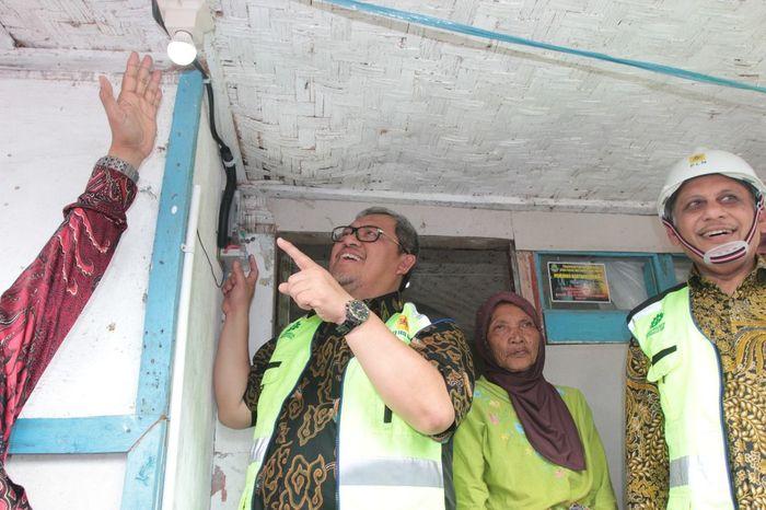Foto: Warga di 991 Desa di Jabar sudah dapat menikmati listrik (Dok. PLN)
