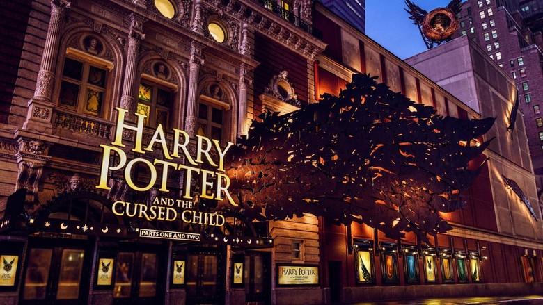 Teater Cursed Child di Panggung Broadway Tampil dengan Desain Menakjubkan