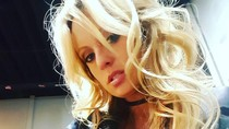 Bintang Porno Akan Rilis Buku Tentang Perselingkuhan dengan Trump