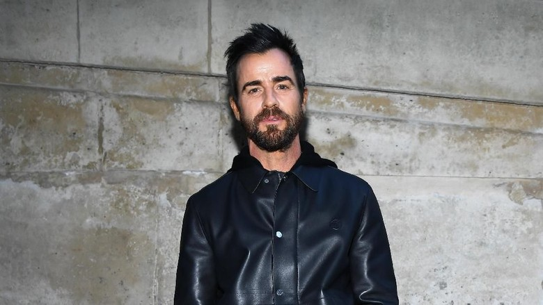 Ceraikan Jennifer Aniston, Justin Theroux Pacari Model 26 Tahun?
