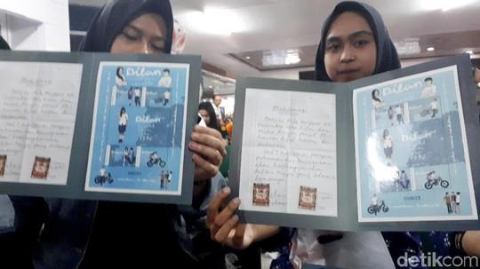 Romantis Zaman Old, Kirim Surat Cinta dengan Prangko Dilan Yuk!