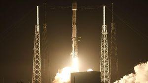 Roket SpaceX Sukses Catatkan Peluncuran ke 50