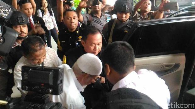 Tak Rawat Inap, Abu Bakar Ba'asyir Tinggalkan RSCM