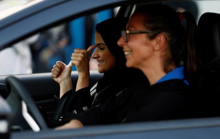 Menjadi orang yang positif mungkin tidak mudah, namun sebagian orang juga tak menyadari bahwa mereka orang yang positif. Foto: REUTERS/Faisal Al Nasser
