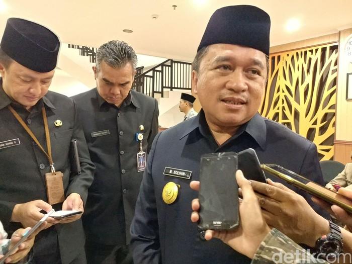 Pjs Wali Kota Bandung Muhamad Solihin (Foto: Tri Ispranoto/detikcom).