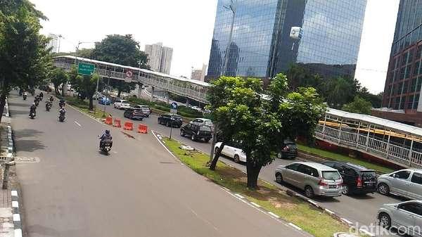 541 Pohon Dipindah, Sandiaga Pastikan Sudirman-Thamrin Hijau Kembali