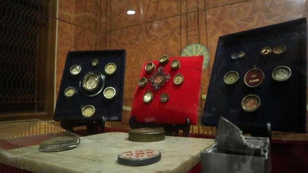 Benda-benda Bersejarah di Gereja Katedral Jakarta