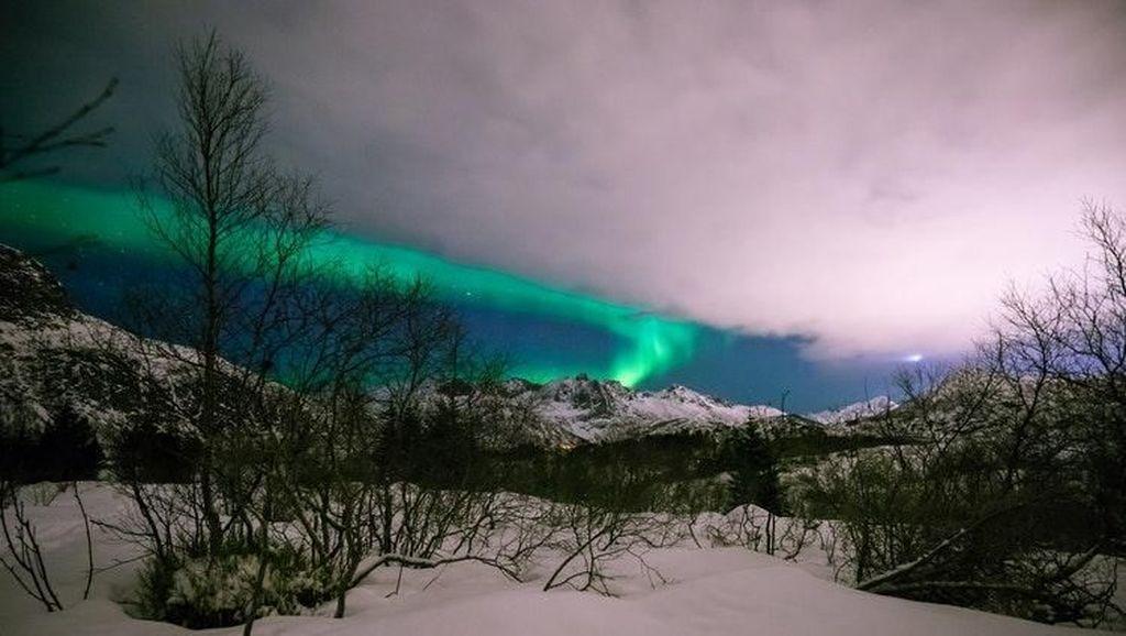 Meringkus Keindahan Cahaya Aurora Lewat Bidikan Kamera
