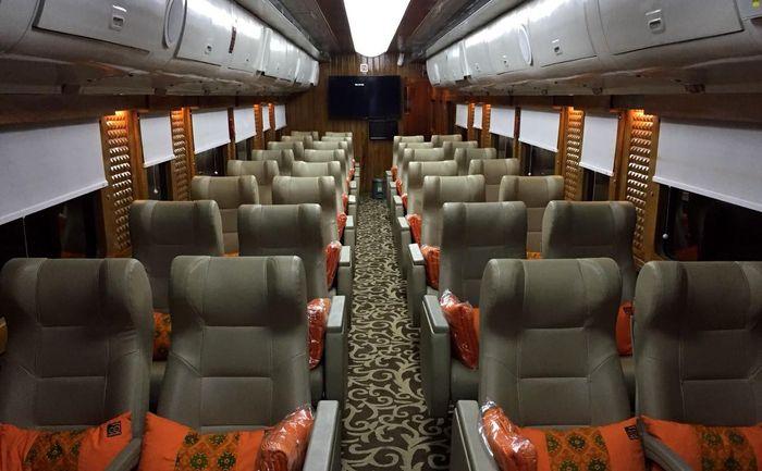 Gerbong prioritas ini disediakan bagi penumpang yang ingin menaiki kereta wisata Bandung-Jakarta dan sebaliknya tanpa harus menyewa kursi dalam jumlah yang banyak. Pool/PT KAI.